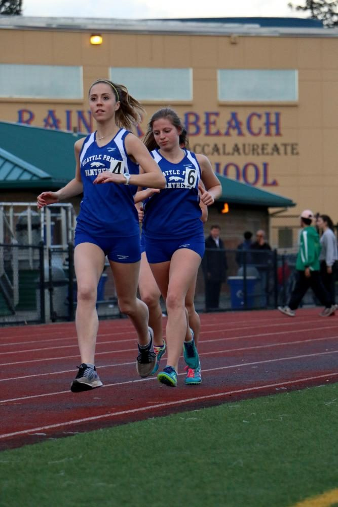 Track+stars+Ellie+Kopf+%E2%80%9817+and+Riva+Tobin+%E2%80%9818+at+Rainier+Beach+for+a+track+meet.+Kopf+%E2%80%9817+will+run+at+Santa+Clara+University+next+year.